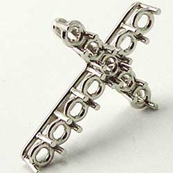 Platinum Cross Mounting for round stones