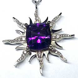 18K White gold Amethyst Pendant with Diamonds